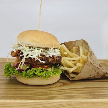 H2-1. BeefHamburgerWithChips